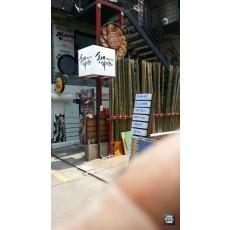 [홍대 간판] 홍대 낚시꾼 아크릴 큐브 간판